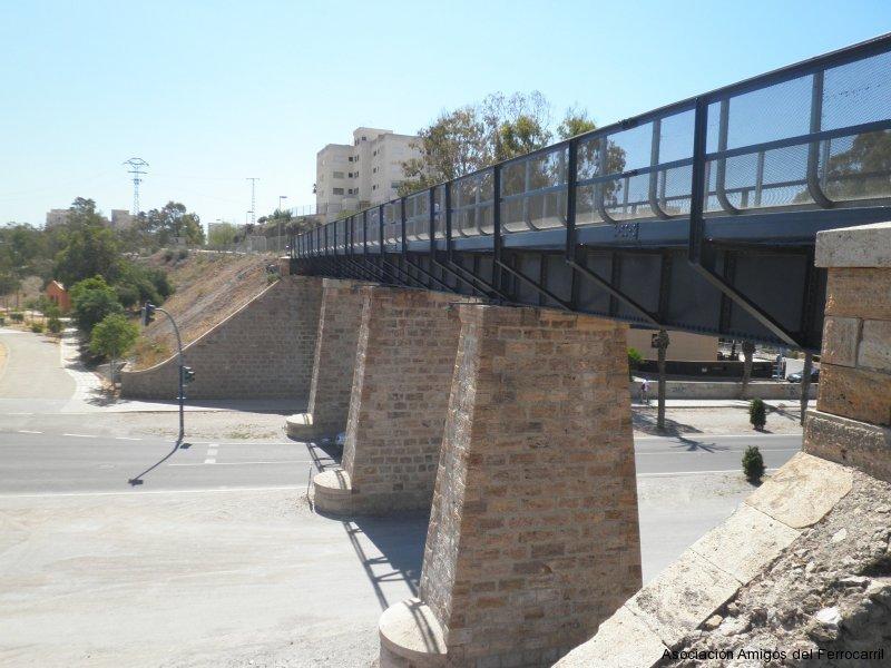 Puente sobre la rambla de las Culebras