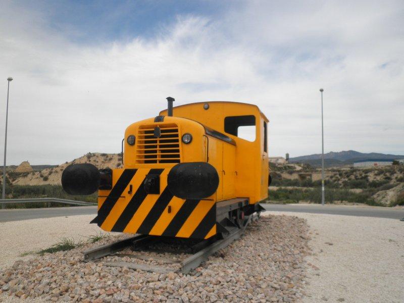 loco-en-rotonda-pk-25620