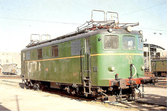 LocomotoraElectricaTrifasicaRenfe21-24FotoFerranLlaurado1965