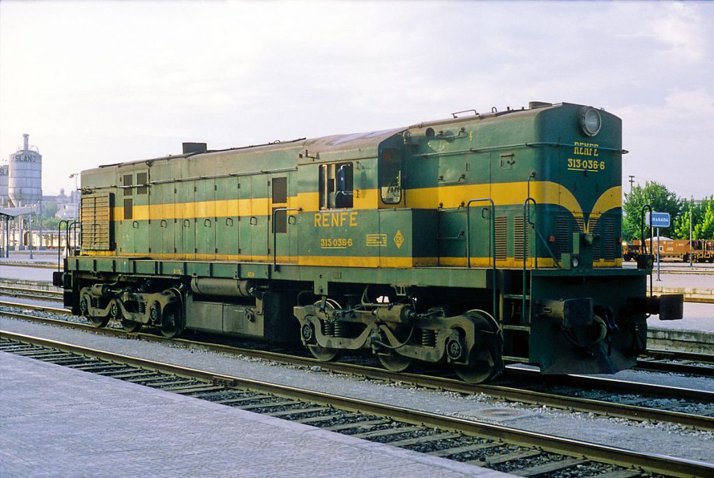 LocomotoraDiesel313-036Granada