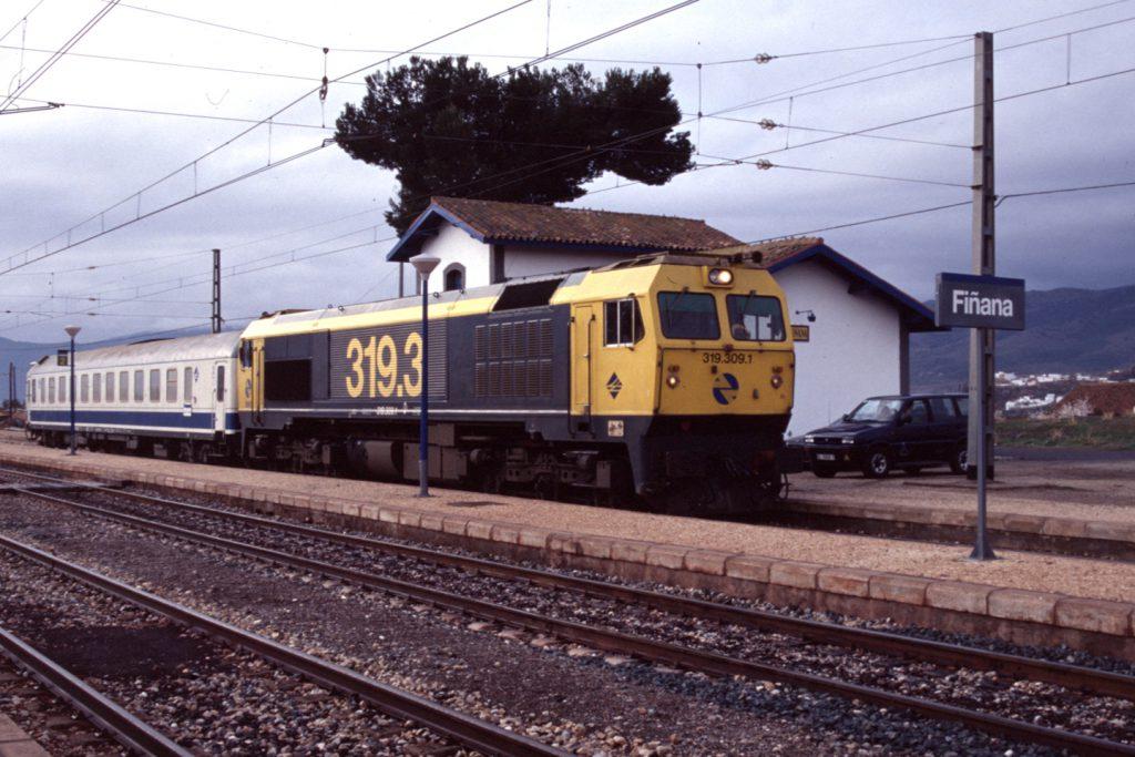 19990314Locomotora319-309-ExpresoBarcelona-FinanaAlmeria-FotoJoaquinEnriqueAlcaraz-ASAFAL